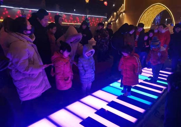 江苏钢琴地砖灯